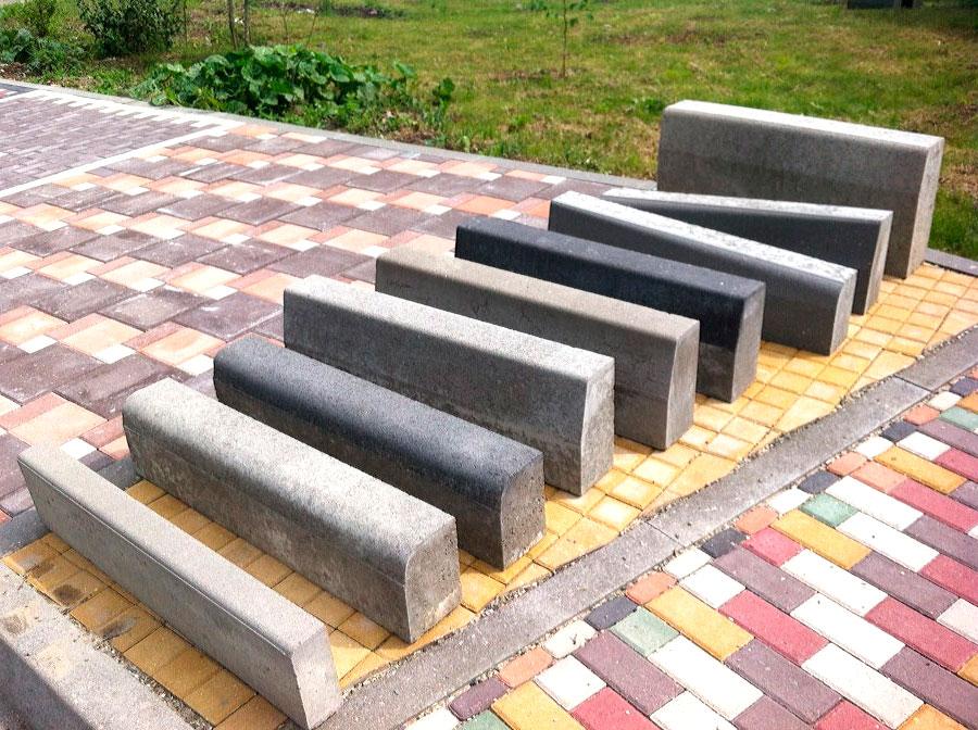 Бордюр на бетоне бетон новороссийск телефон