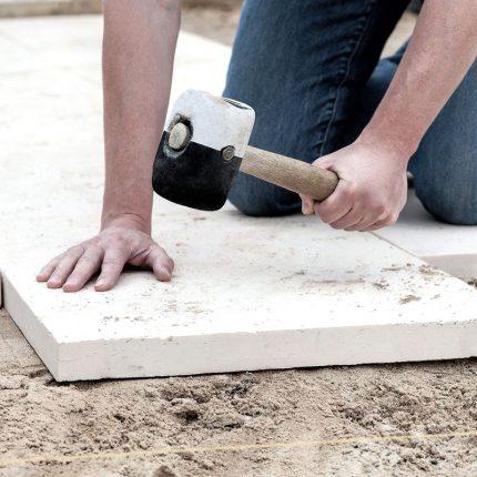 Укладка тротуарной плитки — план и технология
