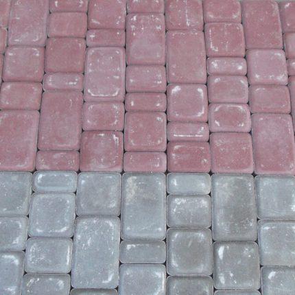 Укладка прессованной тротуарной плитки «Старый город», Мирный