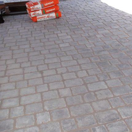 Укладка тротуарной плитки «Средневековый камень»